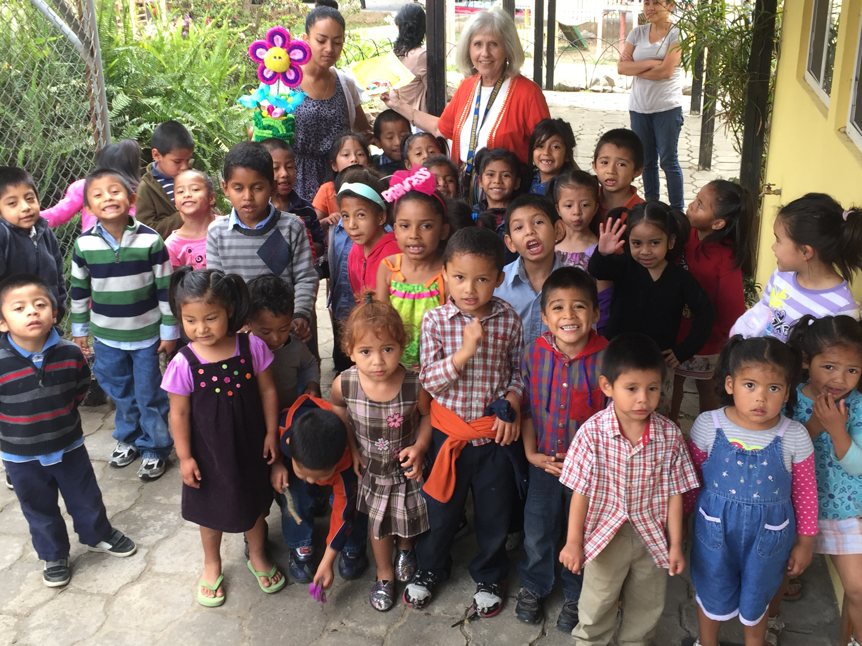 A big star from the toddlers for Mami