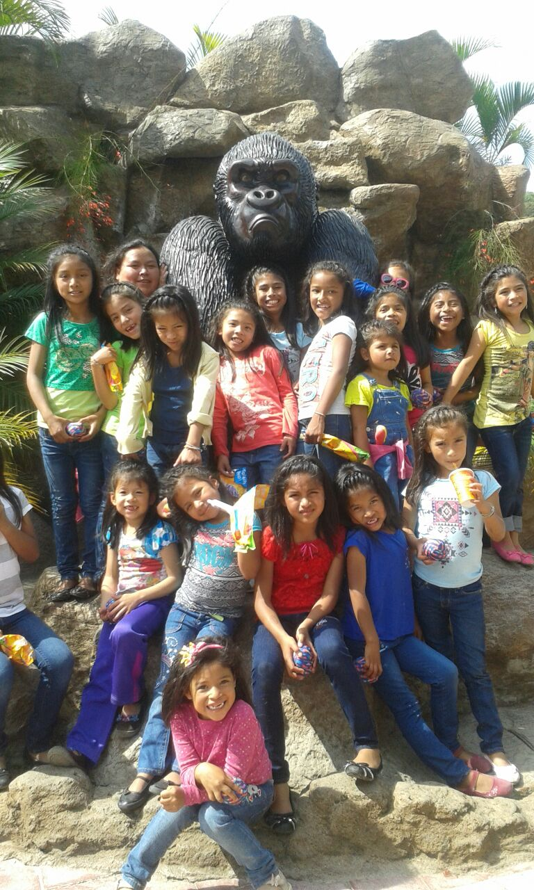 The Zoo. I am the one behind the girls