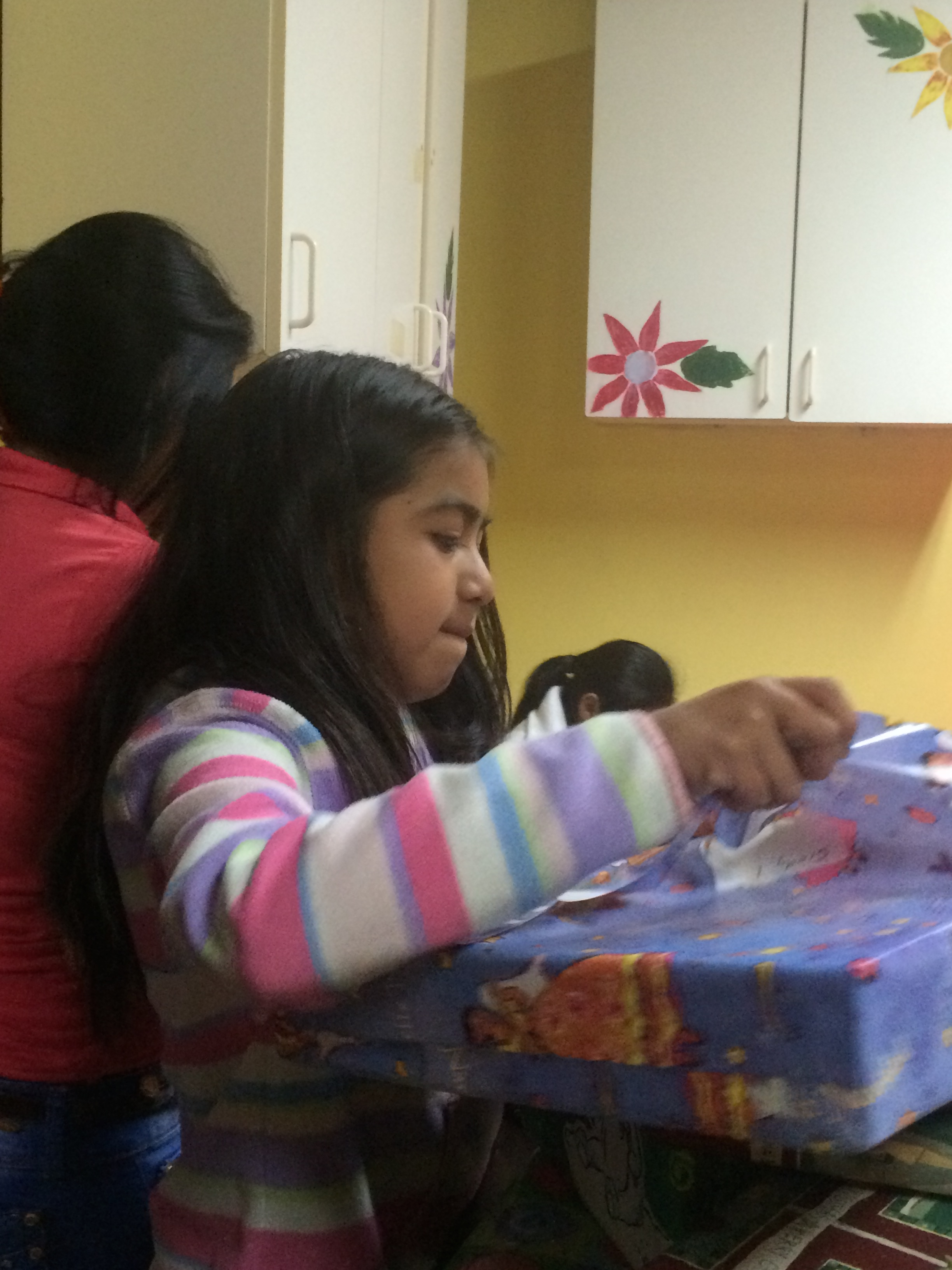 Sindy opening her Christmas gifts